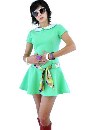 green 1960s vintage dress