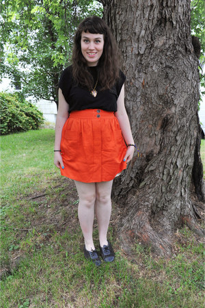 J Crew skirt - owl in a heart thrifted necklace