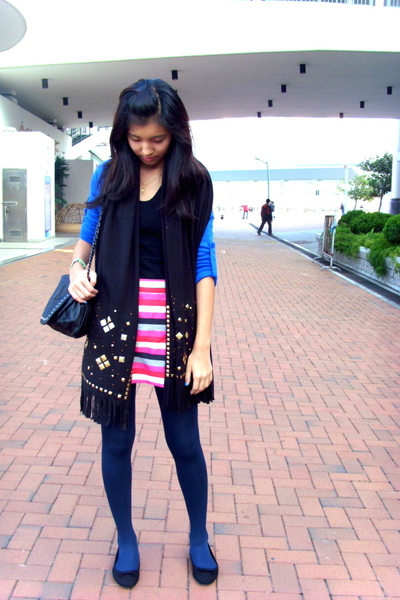 pink Topshop skirt - black from hong kong scarf - blue Tomato tights - black ran