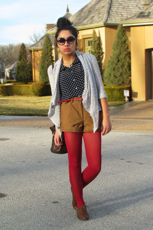 ruby red Express tights - bronze H&amp;M shorts - navy TJ Maxx top