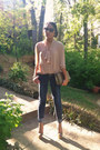 Neutral-forever-21-shirt-navy-sm-jeans-bronze-clutch-express-bag