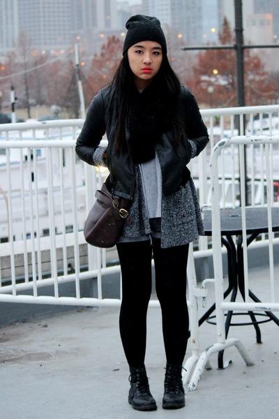 black combat H&M boots - black H&M hat - black leather Zara jacket