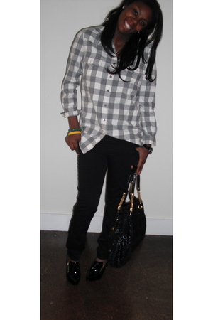 gray 31 phillip lim shirt - black J Brand jeans - black BCBGgirls shoes