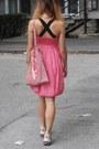 Zara-dress-nike-sneakers