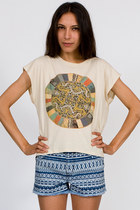 eggshell t-shirt