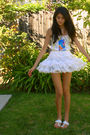 White-indian-sandal-shoes-white-skirt-white-top-beige-bag