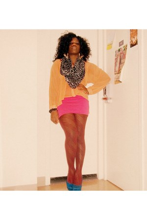 suede Charlotte Russe pumps - Forever21 tights