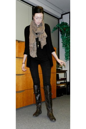 Forever 21 scarf - Alloycom boots - Forever 21 necklace - Alloycom pants