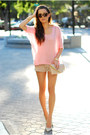 Bubble-gum-romwe-sweater-beige-very-honey-bag-tan-flirt-catalog-shorts