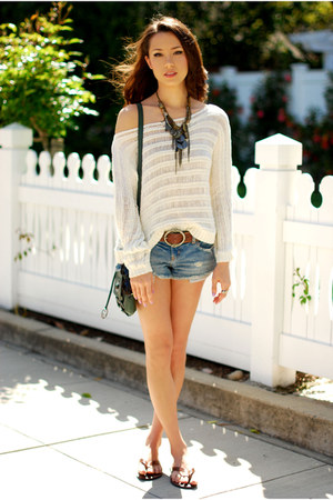 cream PacSun top - green Style & Co bag - blue American Eagle shorts