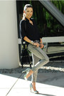 Silver-bebe-jeans-black-style-sofia-shirt-silver-sam-edelman-heels