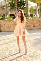 nude coach accessories - nude Missguided dress - nude Dailylook pumps