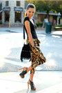 Black-nasty-gal-bag-brown-shopakira-pants-black-dailylook-heels