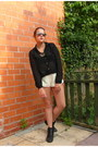 Black-studded-boots-river-island-boots-eggshell-primark-shorts