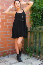 white Gio Goi watch - black River Island boots - black camisole dress asos dress
