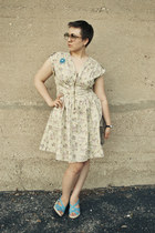 heather gray vintage purse - beige H&M dress