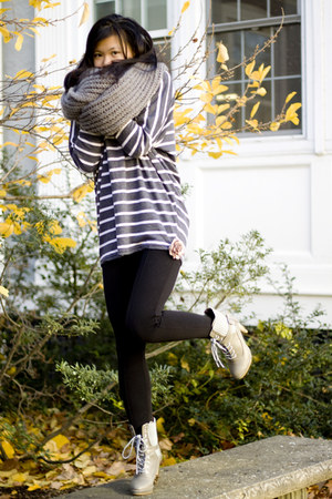 Yesstyle sweater - Urban Outfitters scarf - Forever 21 leggings - Yesstyle boots