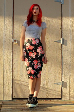 black pencil skirt Ross skirt - black beaded Claires necklace
