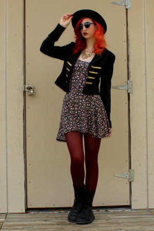 black combat boots Banana Bay boots - black floral PacSun dress