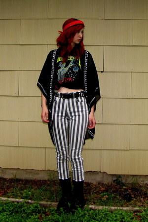 black combat boots Banana Bay boots - black striped Bullhead jeans