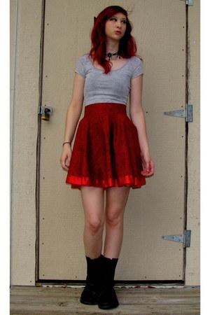 ruby red circle DIY skirt - black Banana Bay boots