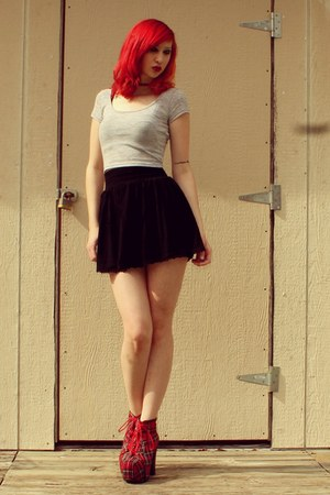 black skater PacSun skirt - red platform Jeffrey Campbell boots