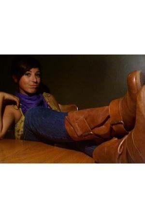 le chateau scarf - Hush top - Aldo boots