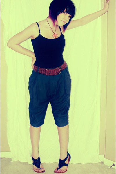 black Bui Yah Kah top - gray Maude pants - brown abercrombie & fitch belt - blac