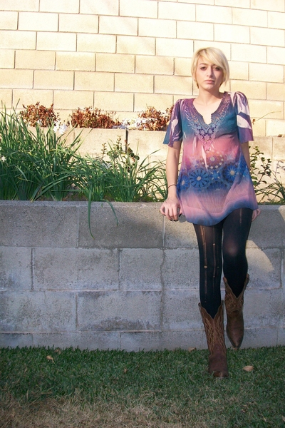 blue ombre bohemian Sienna Rose top - brown cowboy boots nacoona boots