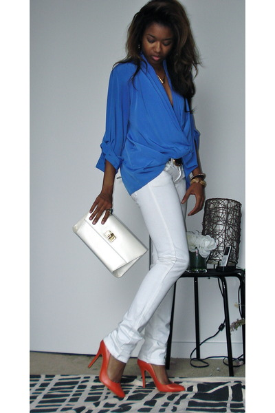 blue thrifted drapey thrifted vintage blouse - white online Frankie B jeans
