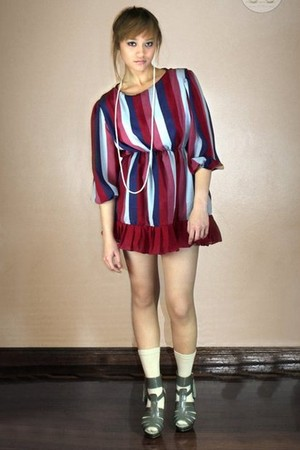 maroon Oh My Godot Vintage dress - beige H&M socks - heather gray shoes