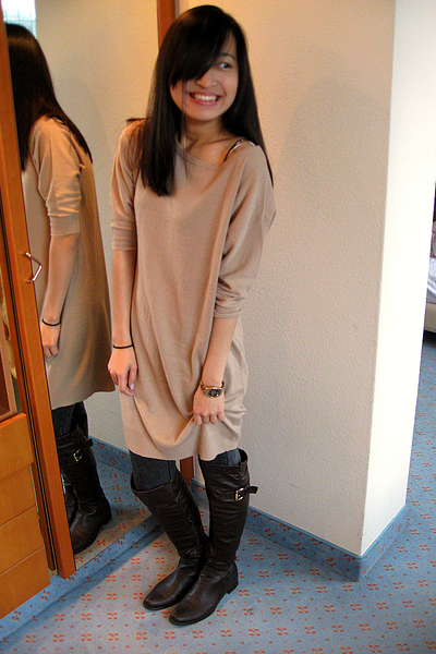 Zara dress - Lefties leggings - Sfera accessories - Lefties boots