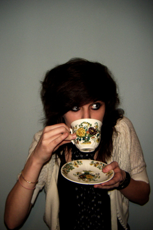 a tiny storm in your teacup, girl