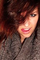 gray Zara scarf