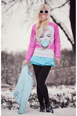 sky blue blackfive shorts - bubble gum blackfive sweatshirt