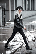black Ever-Pretty bodysuit