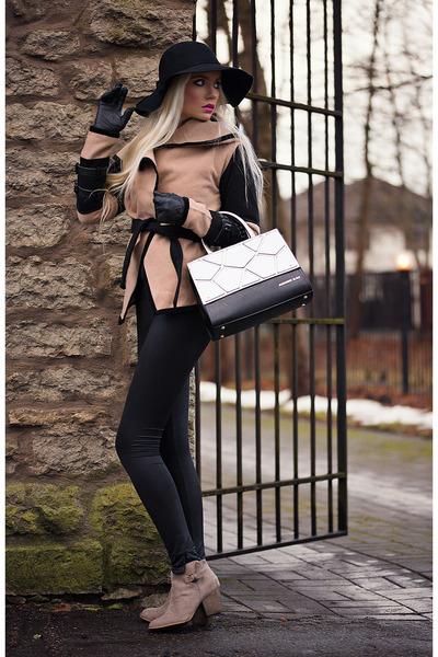 light brown tbdress coat - black Alexander Black bag