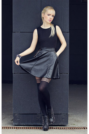 black Boohoo boots - black Missguided dress - charcoal gray Missguided tights