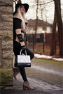 Light-brown-tbdress-coat-black-alexander-black-bag