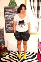 yellow Mel shoes - black Gap shorts - white Zara t-shirt