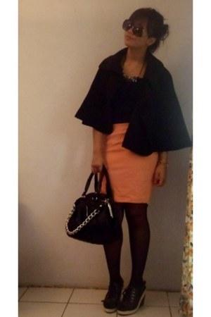 black Marc by Marc Jacobs bag - black no brand cape - gold no brand necklace - b