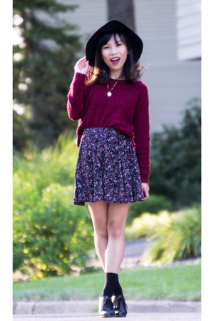 crimson cropped sweater