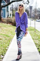 light purple Boohoo sweater - heather gray Insight Denim pants