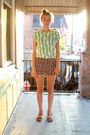 Green-vintage-t-shirt-black-vintage-shorts-brown-vintage-from-etsy-shoes