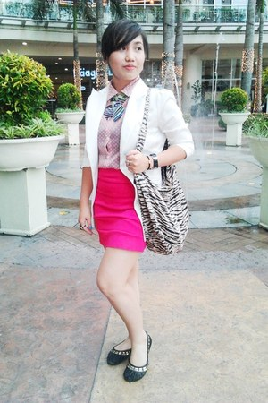 hot pink Greenhills skirt - white Zara blazer - beige zebra prints Tomato bag