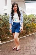 bubble gum shoes - teal shorts - aquamarine necklace