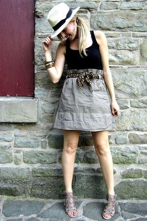 beige Joe Fresh skirt - black Old Navy top - beige Aldo shoes - beige H&M hat -