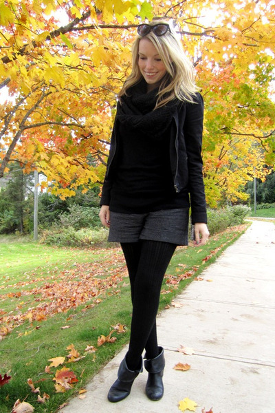 black H&M tights - black Steve Madden boots - black H&M jacket