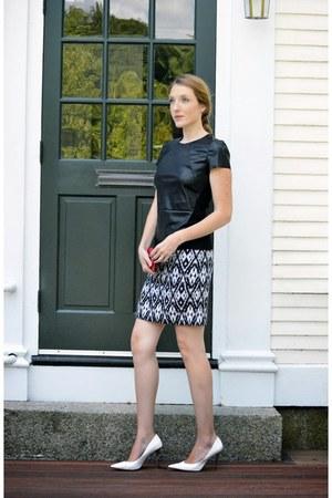 white Vince Camuto skirt - black cynthia steffe top