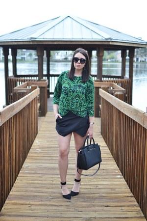 Zara skirt - Michael Kors purse - BCBGeneration heels - H&M top